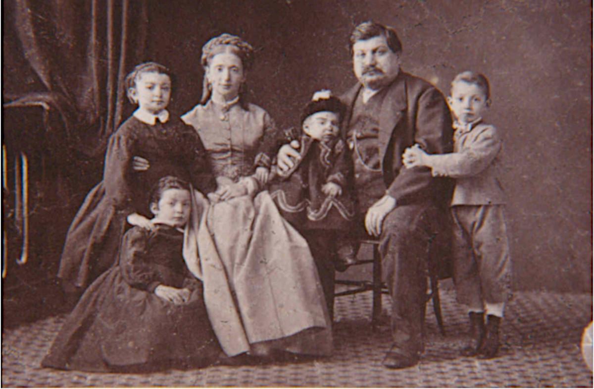 Гаспаре Кампари с семьёй, 1860 год